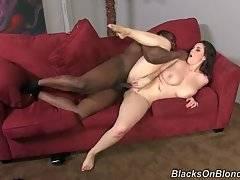 Toned Black Dude Passionately Does Yummy White Chick 3