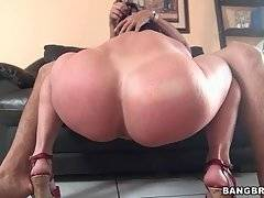 Hot Curvaceous Milf Starves For Hard Dicks 3