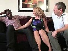 Kiki Daire Wants To Improve Her Blowjob Skills 1